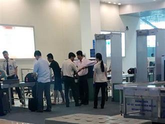 Bắt quả tang 2 nhân viên hàng không trộm Macbook Air của hành khách