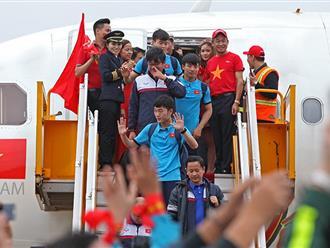 VietJet Air chính thức xin lỗi trước sự việc người mẫu ăn mặc phản cảm trên chuyên cơ đón đoàn đội tuyển U23 Việt Nam