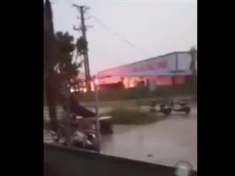 Vĩnh Phúc: Lốc xoáy làm sập công ty gỗ khiến 3 người tử vong, khoảng 20 người khác bị thương