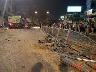 Xe ben mất lái gây tai nạn kinh hoàng ở Sài Gòn, ít nhất 3 xe máy bị cuốn vào gầm, nhiều người thương vong