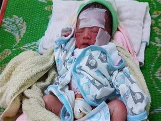 Xót cảnh bé sơ sinh còn nguyên dây rốn bị bỏ rơi cả ngày giữa nắng nóng, không mảnh vải che thân