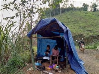 Xót cảnh nữ sinh lên đồi bắt sóng 4G, dựng lều tạm để học online bất chấp mưa gió thời Covid-19