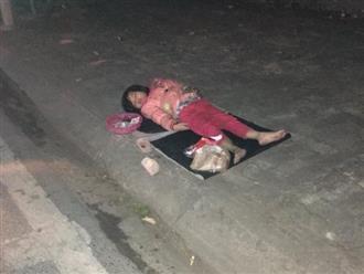 """Xót xa bé gái 5 tuổi ngủ vỉa hè trong đêm lạnh: """"Không thể đưa vào trung tâm bảo trợ ngay được"""""""