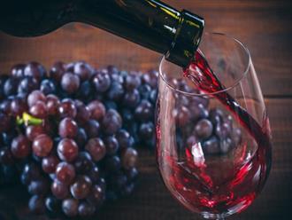 """Phát hiện """"thần dược"""" trị cao huyết áp trong rượu vang đỏ"""