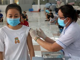 Khẩn: Bộ Y tế yêu cầu không tiêm vắc-xin phòng Covid-19 cho người dưới 18 tuổi