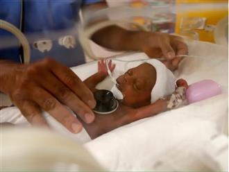 Mẹ trẻ 26 tuổi lập kỷ lục Guinness thế giới khi hạ sinh cùng lúc 9 'thiên thần' và đều sống sót khoẻ mạnh sau sinh