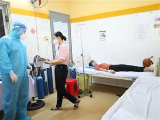 Một học sinh ngất xỉu sau tiêm vaccine phòng Covid-19 ở TP.HCM: Cần lưu ý gì?