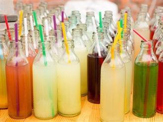 """3 loại nước thuộc """"danh sách đen"""" gây ung thư, trong đó có 2 loại đã được WHO lên tiếng cảnh báo: Đều quen thuộc, dễ kiếm và là đồ uống yêu thích của nhiều người"""