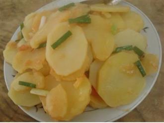 4 người tuyệt đối không được ăn khoai tây, thèm mấy cũng nhịn miệng kẻo mang họa