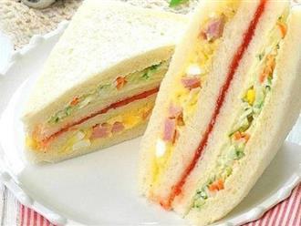 Bánh mì kẹp salad đơn giản cho bữa sáng ngon lành
