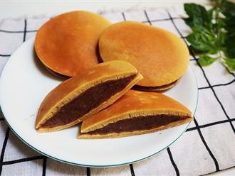 Sắp tới ngày Quốc tế thiếu nhi 1/6 rồi, mẹ làm bánh rán Doraemon cho bé ăn thôi!