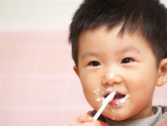 Mẹ muốn con tiêu hóa tốt hơn thì đây là 3 thời điểm vàng ăn sữa chua tốt gấp cả chục lần uống thuốc bổ