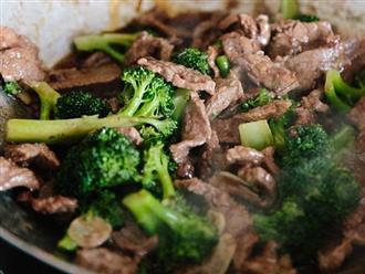 """Thịt bò xào súp lơ xanh, tiên dược cải thiện chất lượng """"chuyện ấy"""" cho nam giới"""