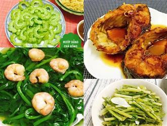 Vợ nấu bữa chiều ngon, chồng con xung phong tự xới cơm để ăn thật nhiều