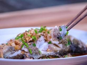 Mẹ chồng thích mê món cá hấp có mùi thịt gà, chị em phổng mũi vì được khen dâu đảm