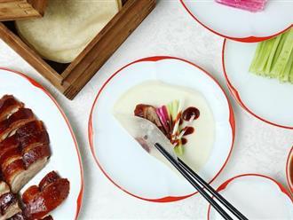 Cách ăn vịt quay Bắc Kinh chuẩn phong cách hoàng gia