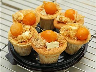 Cách làm bánh bông lan trứng muối mềm thơm, ngon ngậy, ăn là mê