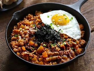Người Hàn có cách làm cơm chiên ngon cực ngon, bạn đã biết?