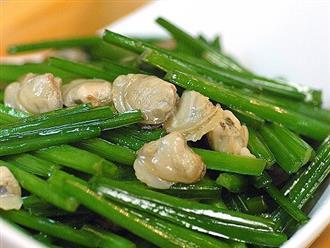 Cách làm ngao xào hẹ vét sạch nồi cơm