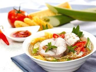 Tối nay ăn gì: Cách nấu canh chua cá lóc ngọt mát, cả nhà tấm tắc khen ngon