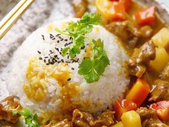 Hễ bữa nào bận quá tôi lại làm ngay món cơm cà ri bò là cả nhà có bữa tối ngon lành