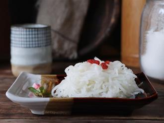 Ăn món gì cũng ngon với củ cải trộn chua ngọt mát giòn làm cực dễ!