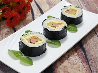 Tuyệt chiêu cuốn sushi không cần mành tre mà vẫn tròn đẹp xuất sắc