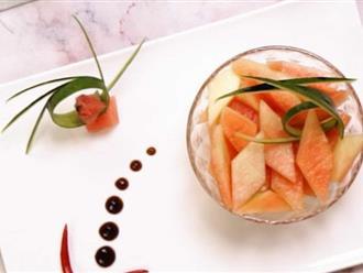 Gọt dưa hấu các mẹ đừng vứt cùi, làm món salad này ăn ngon mà giảm cân chuẩn lắm!