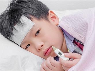 9 cách hạ sốt cho trẻ tưởng tốt lại khiến bệnh nặng thêm và đây mới là 6 bước điều trị đúng trong mùa lạnh