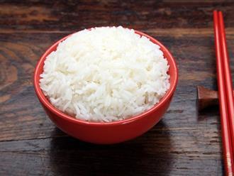 Mẹo bảo quản để cơm không bị ôi thiu khi thời tiết giao mùa