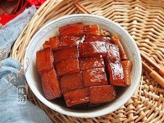Mẹo kho thịt bằng nồi cơm điện thơm, mềm bục từng thớ thịt