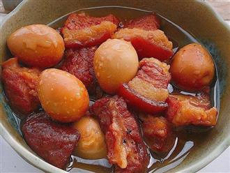Mẹo làm thịt kho trứng cút đậm đà của nhà hàng nổi tiếng