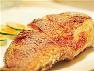 Rán cá đừng cho ngay vào chảo, cần làm 2 điều này cá luôn vàng giòn, không vỡ da