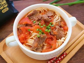 Mì bò cà chua cho bữa sáng hấp dẫn không thể chối từ