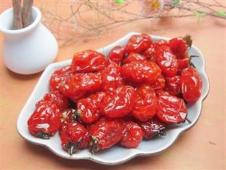 Trổ tài làm mứt cà chua bi dẻo thơm đón Tết