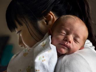 12 sự thật chẳng sách vở nào cho bạn biết về những ngày đầu làm mẹ
