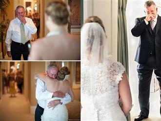 Nghẹn ngào nhìn cha bật khóc khi thấy con mặc váy cưới
