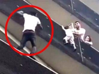 """Đứng tim clip """"người nhện"""" tay không leo 4 tầng lầu cứu sống bé trai treo lơ lửng giữa không trung"""