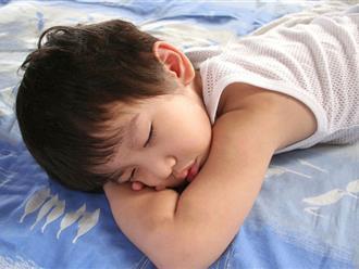 Phòng bệnh cảm cúm cho trẻ khi thời tiết chuyển mùa: Thực ra chỉ có 3 cách