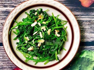 Bữa tối sau Tết ở nhà tôi đĩa rau lang xào xanh mướt lúc nào cũng hết trước tiên!