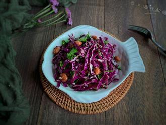 """Có món salad """"thần thánh"""" vừa giúp trẻ hóa cơ thể lại phòng chống ung thư, cách ngày nhà tôi lại ăn một lần!"""