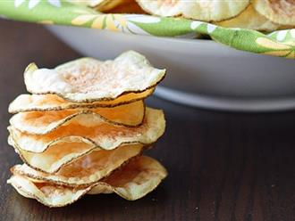 Từ khi học được công thức này tôi toàn tự làm snack khoai tây cho con, giòn rụm, thơm ngon chẳng khác gì đi mua