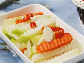 Mùa su hào về làm dưa muối chua chua, giòn tan ăn với cơm thật thích