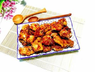 Xuýt xoa ngày lạnh với món sườn rim tỏi ớt ngon miễn chê