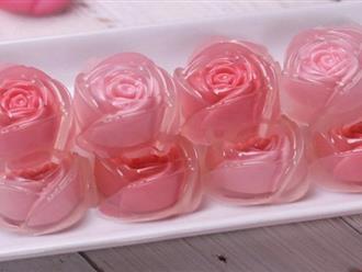 """Không ai mà không """"tan chảy cả tim"""" với món thạch hoa hồng đẹp lung linh dường này"""