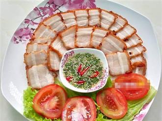Ngon mê ly bữa cơm cuối tuần với món thịt chiên giòn kiểu Thái