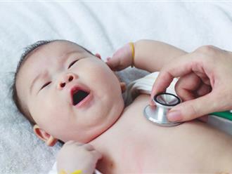Tại sao trẻ sơ sinh hay bị trớ và những hậu quả không ngờ