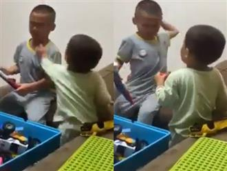 Bị em đánh đau, anh trai hành động cực bất ngờ khiến người xem tấm tắc khen ngợi