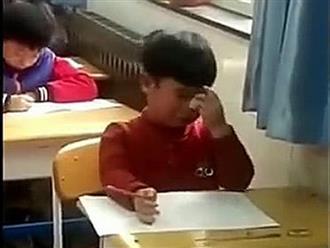 Cậu bé tiểu học kể chuyện 'làm bé cún mang thai' khiến cô giáo té xỉu, đọc đến cái kết thì không nhịn cười được nữa