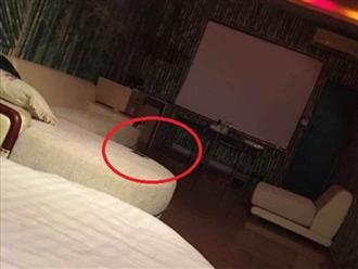 Cô gái phát hiện bị bạn trai 'cắm sừng' nhờ bức ảnh chụp phòng khách sạn khi đi công tác